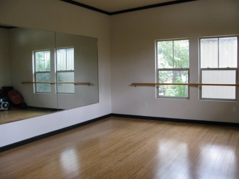 The Studio House has a large, open loft area on the 2nd floor.